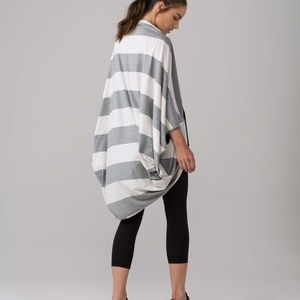 New With Tags Lululemon Striped Sage Scarf